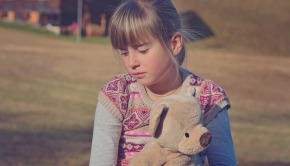 5 ways to help children cope with the death of a pet