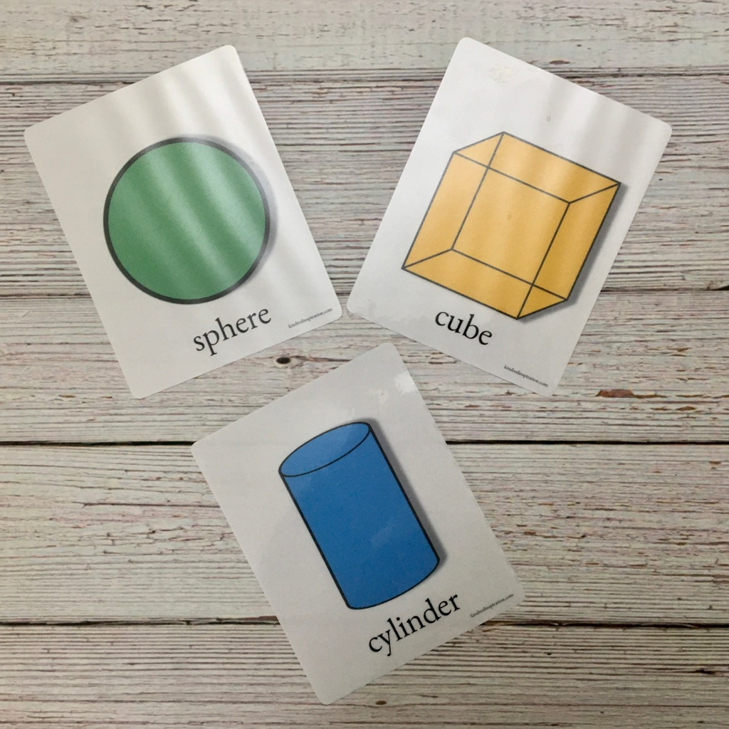 3 D shape flash cards free printable